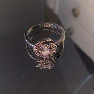 Jewelry - Rose Gold Lovers Knot Ring